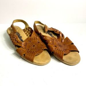 Cobbie Cuddlers 8.5 Leather Upper Comfort Shoes